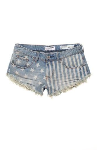 Dżinsowe szorty w stylu vintage (źródło: pinterest.com)