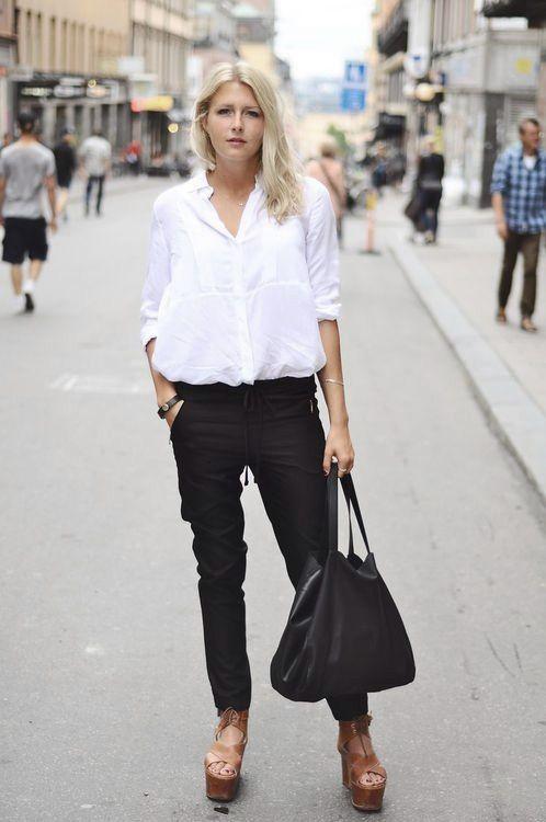 Bia a koszula uniwersalna i zawsze modna w moim stylu for White shirt black pants