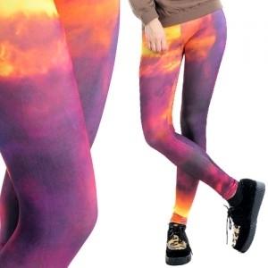 Legginsy - kosmos (źródło: www.mybaze.com)