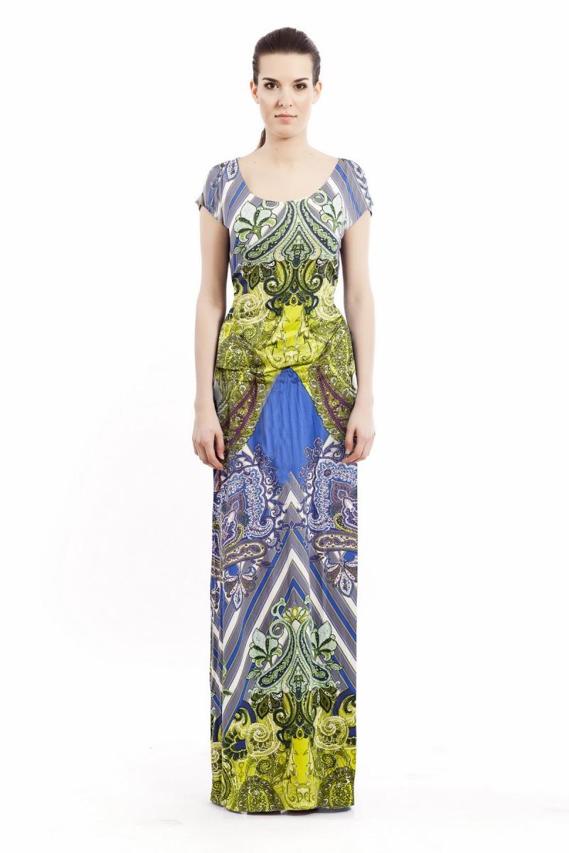 Wzorzysta sukienka z delikatnej bawełny (źródło: mybaze.com)