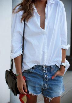 Biała koszula (źródło: pinterest)