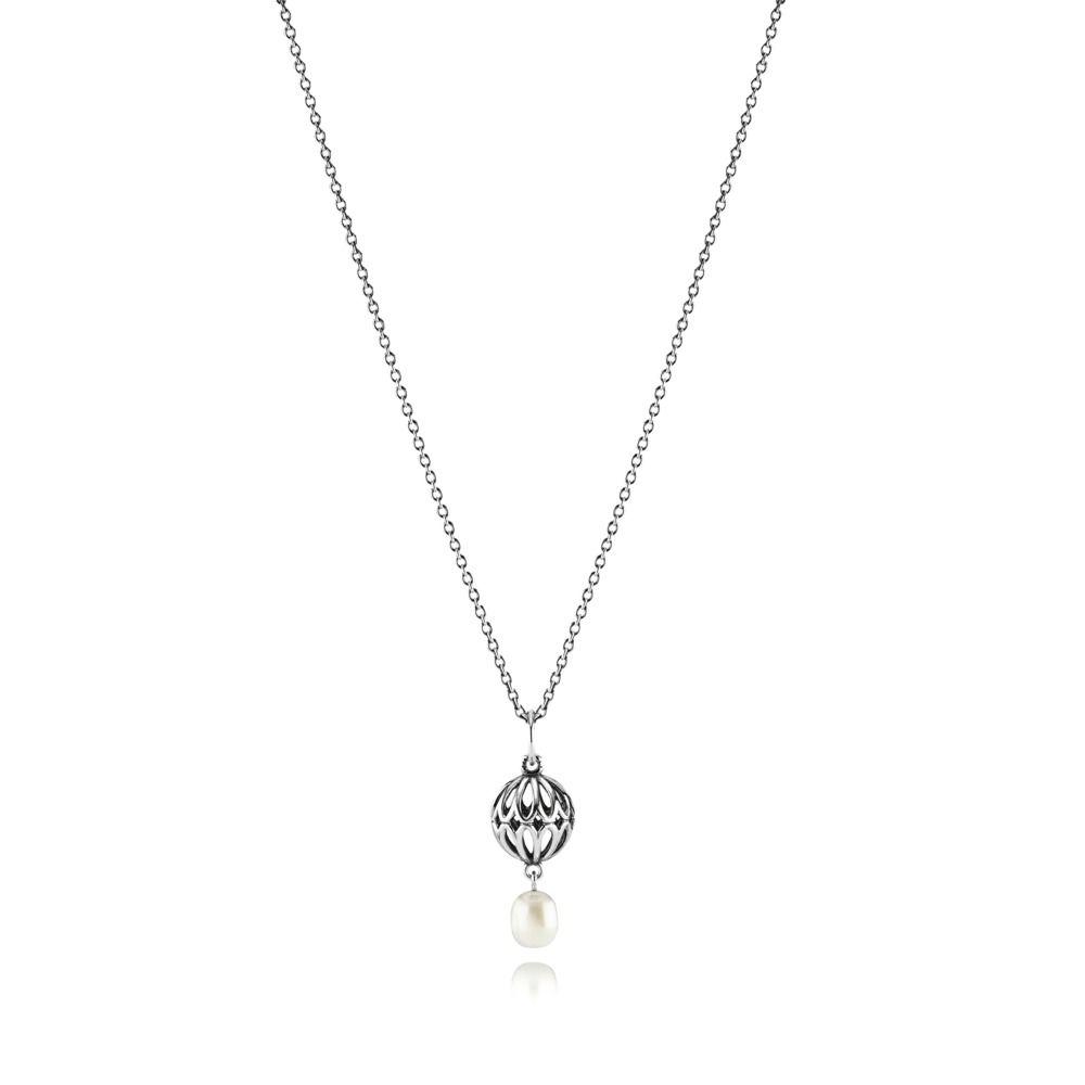 naszyjnik z białą hodowlaną perłą (źródło: estore-pl.pandora.net)