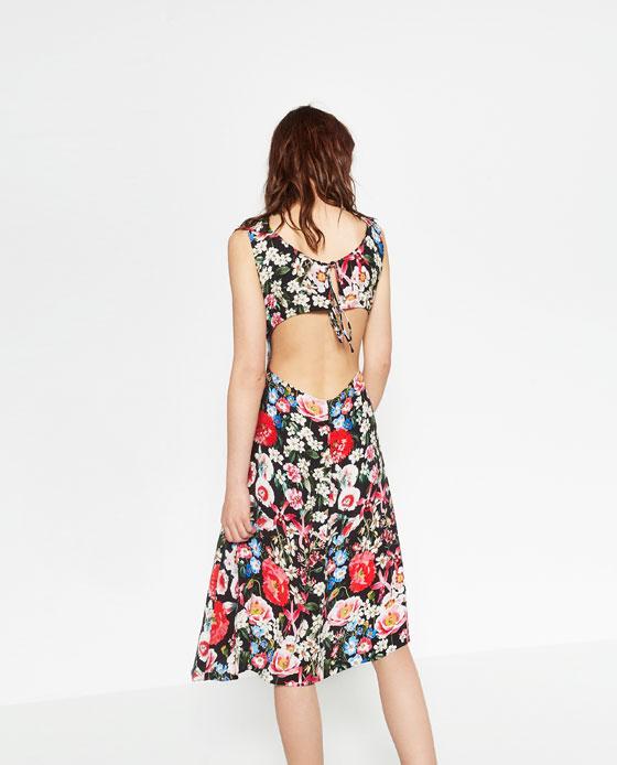 sukienka w kwiaty (źródło: zara.com)