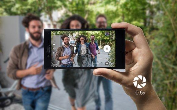 najlepsze smartfony jak xperia nagrywają filmy w ruch