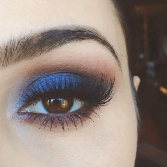 trendy wiosna 2017 piękny makijaż oka w kolorystyce granatu i brązu