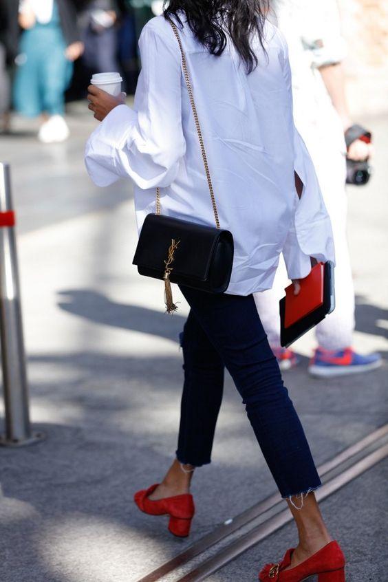 biała koszula spodnie capri