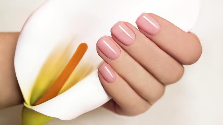 łamiące się paznokcie