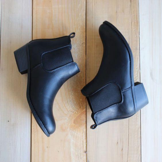 jak dbać o buty ze skóry ekologicznej