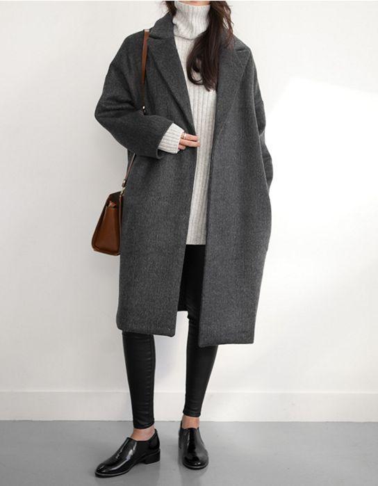 szare płaszcze