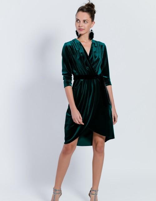 aksamitna sukienka kopertowa